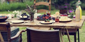 outdoor brunch table